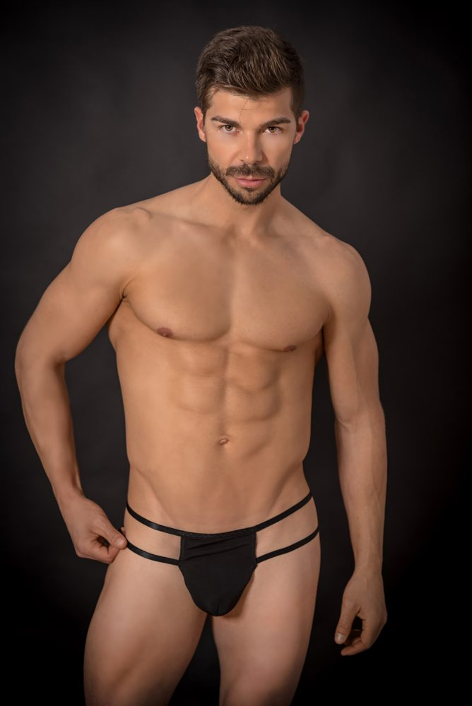 Tanga con dos tiras laterales negro - LOVERSpack