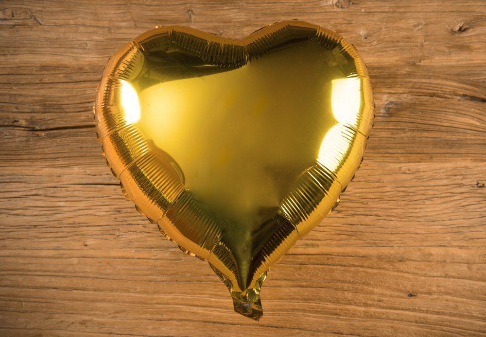 Globos corazón color oro metalizado - LOVERSpack