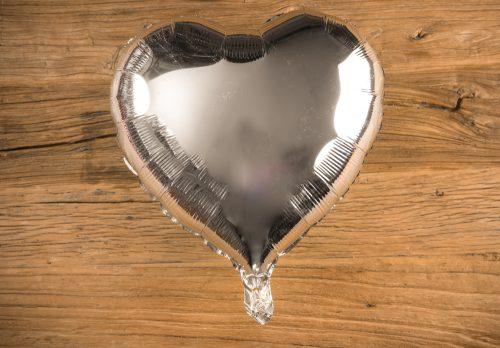 Globos corazón color plata metalizado - LOVERSpack