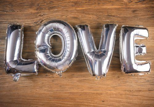 Decoración con globos para ocasiones especiales, aniversarios, cumpleaños, bodas, etc...