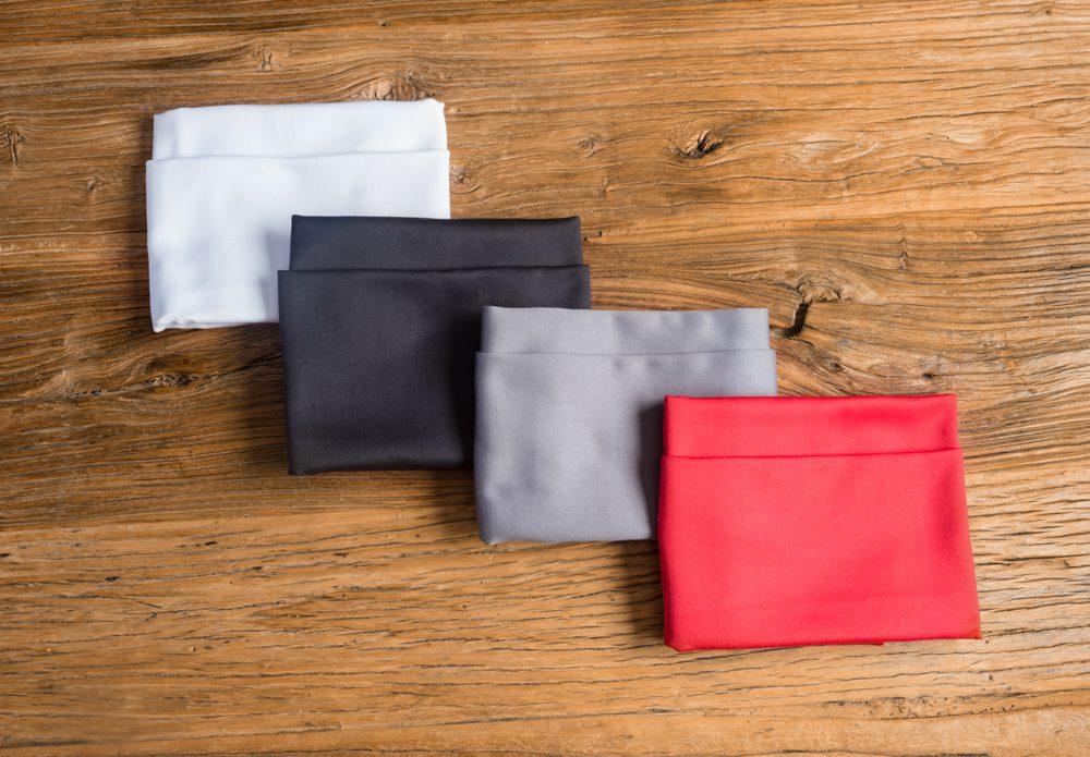 Servilleta de Mesa de Algodón y Satén - Color Blanca/Roja/Gris/Negra. Luce una mesa elegante con nuestra manteleria y servilletas - LOVERSpack