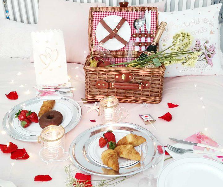 5 cosas que necesitas para montar el picnic romántico perfecto